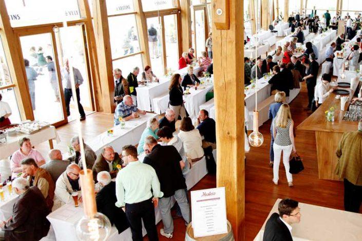 Eröffnung Innenraum Clubhaus 18-Loch-Platz Gut Hühnerhof